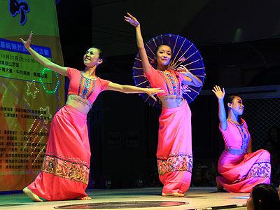 2011清境火把節 舞出文化的精彩